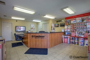 CubeSmart Self Storage - Gurnee - Photo 2