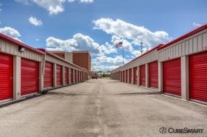 Image of CubeSmart Self Storage - Kildeer Facility on 20825 N Rand Rd  in Kildeer, IL - View 4