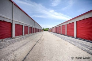 CubeSmart Self Storage - North Chicago - Photo 10