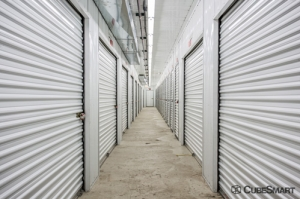 CubeSmart Self Storage - Streamwood - Photo 4