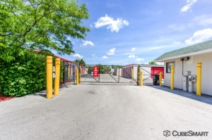 CubeSmart Self Storage - Streamwood - Photo 7