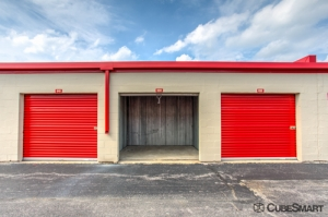 CubeSmart Self Storage - Waukegan - Photo 8