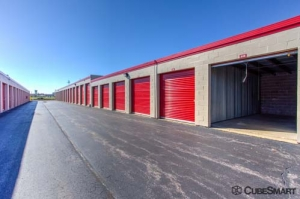 CubeSmart Self Storage - Wheeling - 1004 S. Milwaukee Avenue - Photo 5