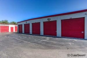 CubeSmart Self Storage - Wheeling - 1042 South Milwaukee Avenue - Photo 4