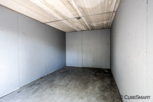 CubeSmart Self Storage - Bradenton - 6512 14th Street West - Photo 9
