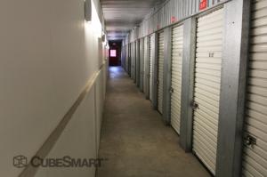 CubeSmart Self Storage - Riverhead - Photo 4
