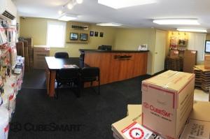 CubeSmart Self Storage - Riverhead - Photo 9