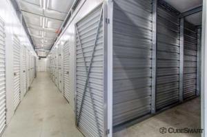 CubeSmart Self Storage - Old Saybrook - 167-3 Elm Street - Photo 4