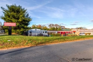 CubeSmart Self Storage - Bristol Facility at  201 Lake Avenue, Bristol, CT