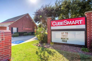 CubeSmart Self Storage - Frisco - 10121 Warren Parkway