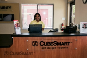 CubeSmart Self Storage - Oviedo - 3651 Alafaya Tr. - Photo 4