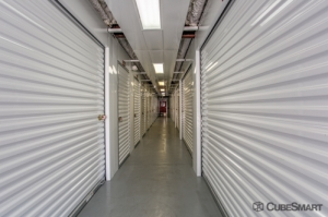 CubeSmart Self Storage - Orlando - 4554 E Hoffner Ave - Photo 4