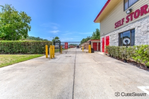CubeSmart Self Storage - Orlando - 4554 E Hoffner Ave - Photo 6