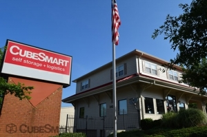 CubeSmart Self Storage - Suwanee - 3495 Lawrenceville Suwanee Rd - Photo 1