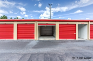 CubeSmart Self Storage - Tampa - 4309 Ehrlich Rd - Photo 5