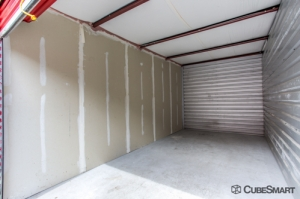 CubeSmart Self Storage - Tampa - 4309 Ehrlich Rd - Photo 6
