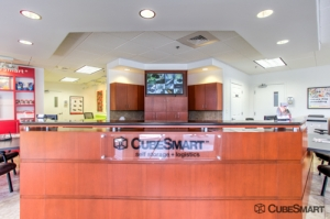 CubeSmart Self Storage - Jacksonville - 645 Park St - Photo 2