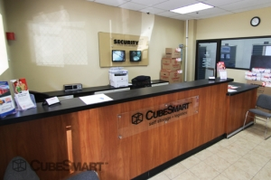 CubeSmart Self Storage - Hoboken - Photo 8