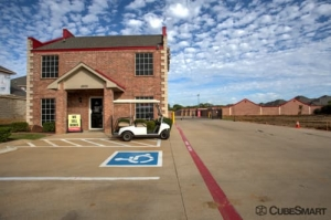 CubeSmart Self Storage - Keller Facility at  8800 Davis Blvd, Keller, TX