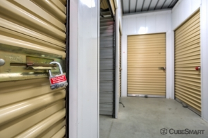 CubeSmart Self Storage - Murrieta - 40410 California Oaks Road - Photo 4