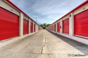Image of CubeSmart Self Storage - Nashville - 1202 Antioch Pike Facility on 1202 Antioch Pike  in Nashville, TN - View 2