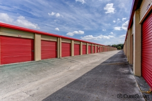 CubeSmart Self Storage - Lake Worth - 6788 Lantana Rd - Photo 5
