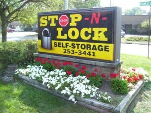 Linden Stop-N-Lock
