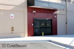 Acorn Self Storage - Aspen Hill - photo