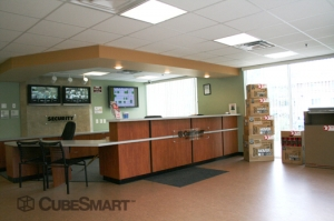 CubeSmart Self Storage - District Heights - Photo 11