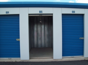 AAAA Self Storage & Moving - Sterling - 45143 Old Ox Rd - Photo 4