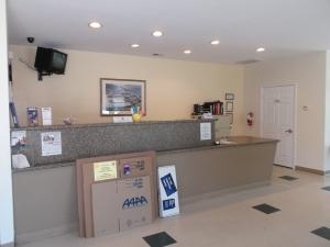 AAAA Self Storage & Moving - Virginia Beach - 1332 Virginia Beach Blvd - Photo 3