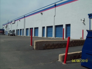 View Larger AAAA Self Storage U0026 Moving   Arlington   2305 S Walter Reed Dr    Photo 3