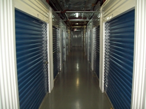 AAAA Self Storage & Moving - Arlington - 2305 S Walter Reed Dr - Photo 2
