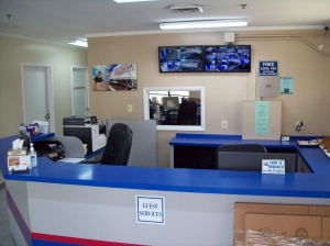AAAA Self Storage & Moving - Arlington - 2305 S Walter Reed Dr - Photo 4