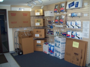 AAAA Self Storage & Moving - Arlington - 2305 S Walter Reed Dr - Photo 5