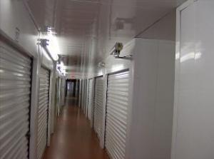 Reynolda Storage & Business Centre - Photo 4