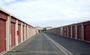 Storage Etc. at Crossroads - Photo 3