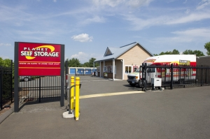 Planet Self Storage - Newington