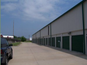 Santa Fe Storage - Photo 3
