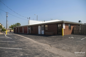 Image of Stor-All - West Fifth Facility on 824 W 5th Ave  in Columbus, OH - View 2