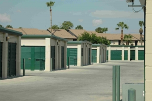 Storage Depot - Brownsville - Kings Hwy - Photo 7