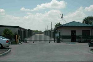 Storage Depot - San Benito - Photo 4