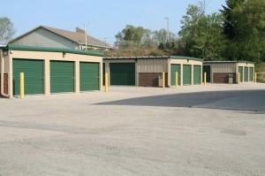 Waukesha Storage - Photo 12