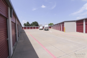 Access Self Storage - Red Oak - Photo 5