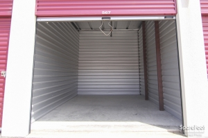 Access Self Storage - Red Oak - Photo 7