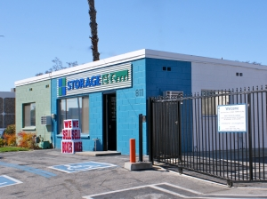 Storage Etc. - Canoga Park - Photo 2