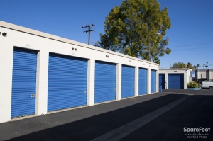 Storage Etc. - Canoga Park - Photo 9