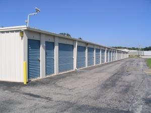 Union Storage - Photo 3