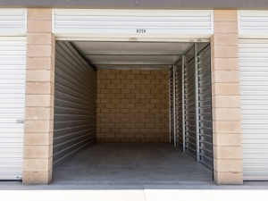 Airport Mini Storage - Riverside - 7044 Arlington Avenue - Photo 11