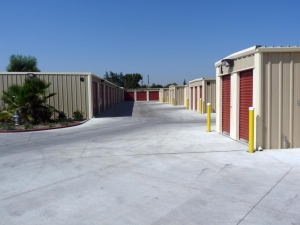 Mayfair Self Storage - Photo 7